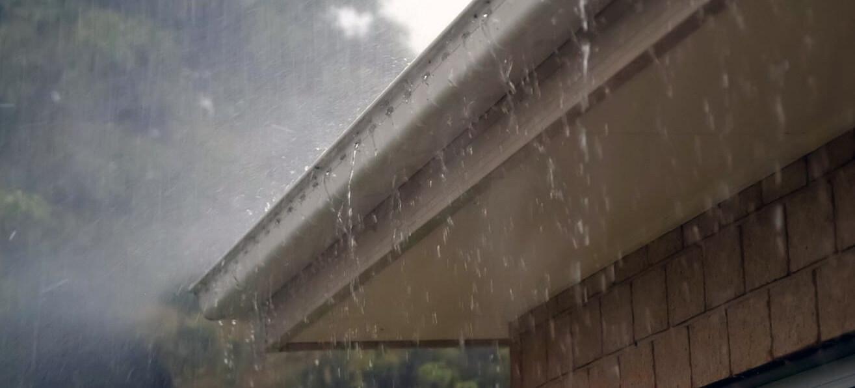 крыша дождь протечка фото